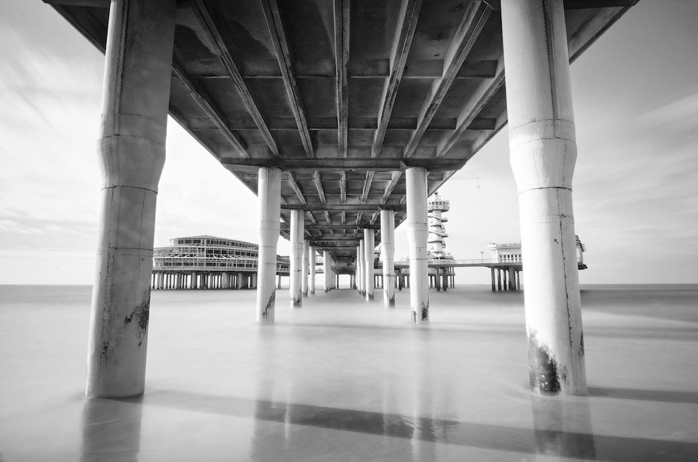 Den Haag Pier in Black and White