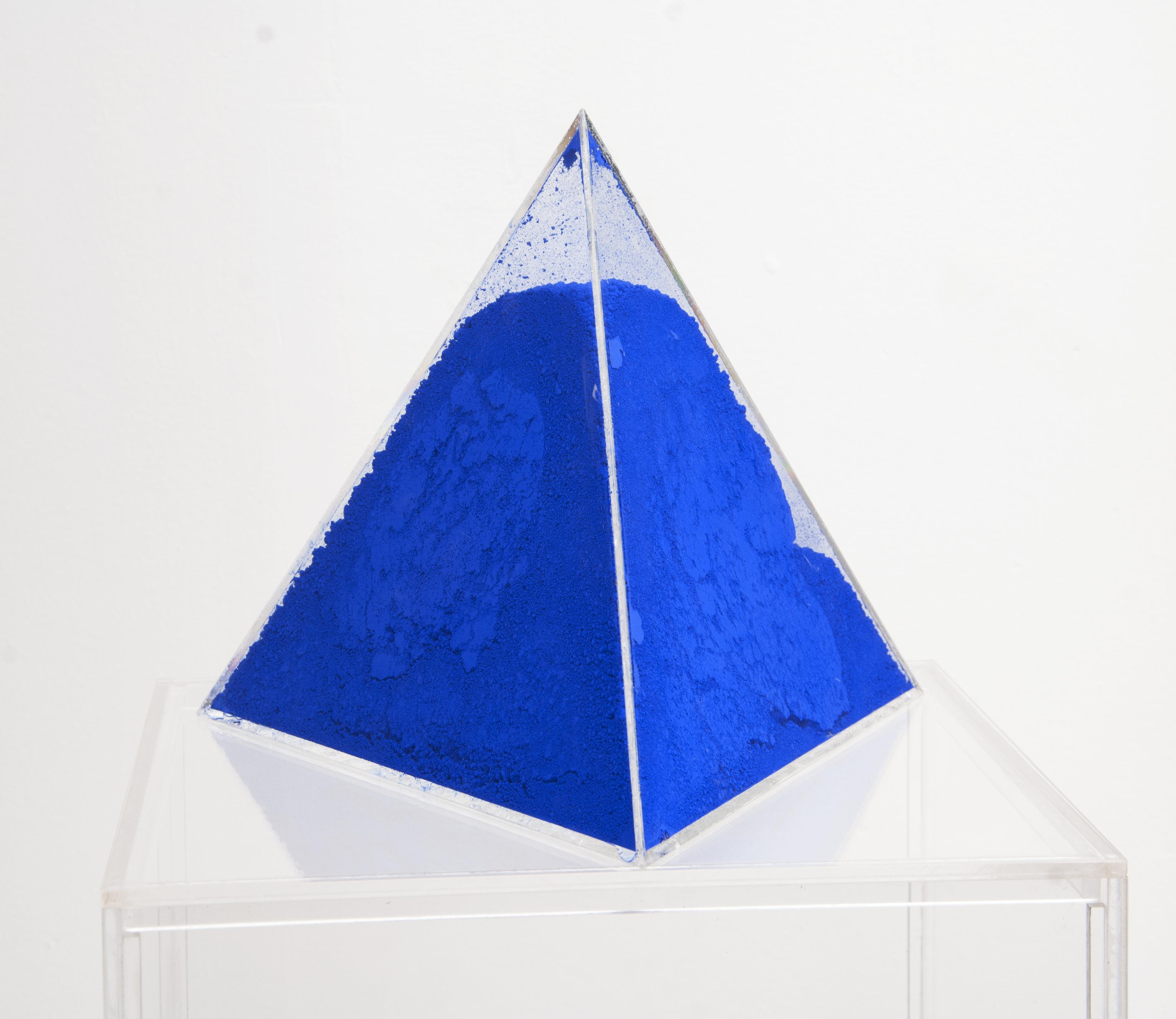 Fatto d'Arquimia: Volum Series: Mineral Blue (Pb 27 W 18)