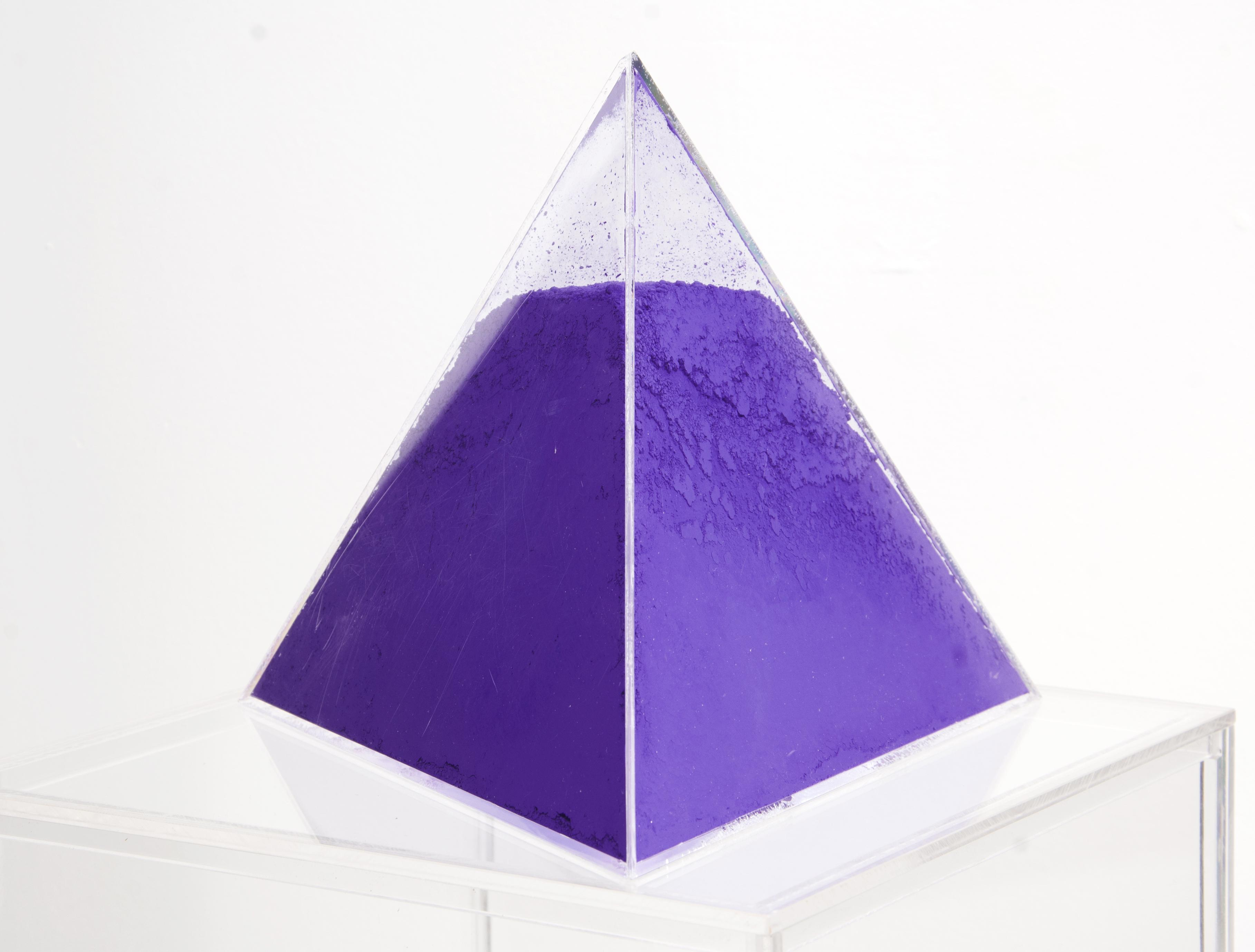Fatto d'Arquimia: Volum Series: Violet 15 AV